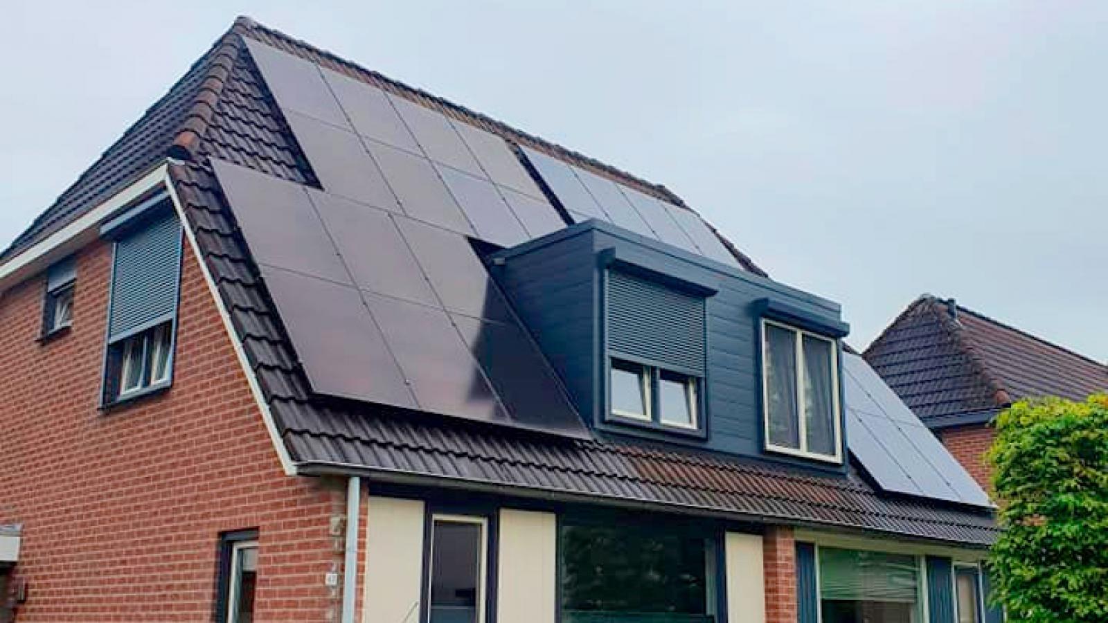 hydro_solar_14_330wp_enphase_westervoort